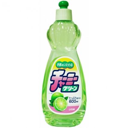 Lion Charmy Green līdzeklis trauku mazgāšanai ar laima aromātu 600ml